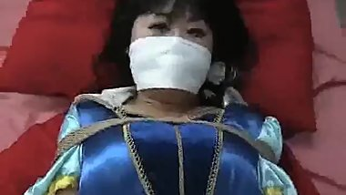 Japanese Snow White Bondage