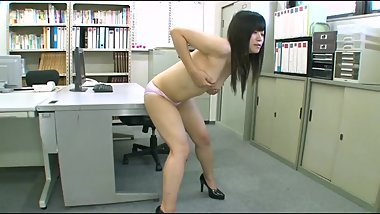 Japanese girl humping 07