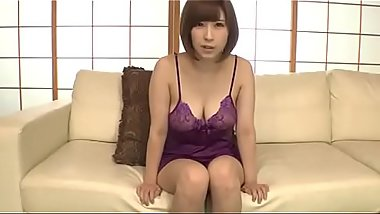 Full HD japan Porn: zo.ee/4mPbV - japanese milf honoka orihara uses vibrator